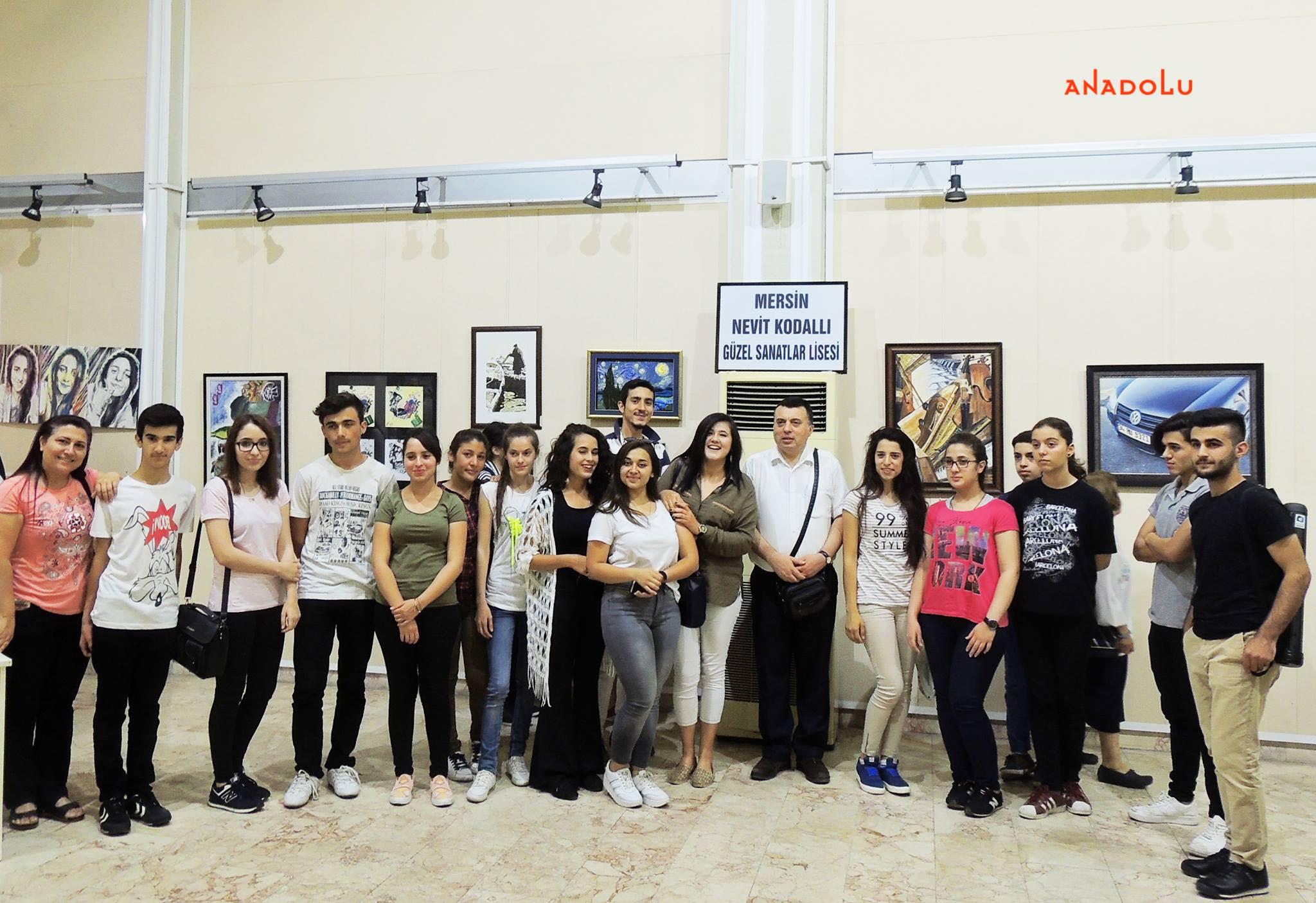Anadolu Güzel Sanatlar Resim Sergilerden Çukurovada