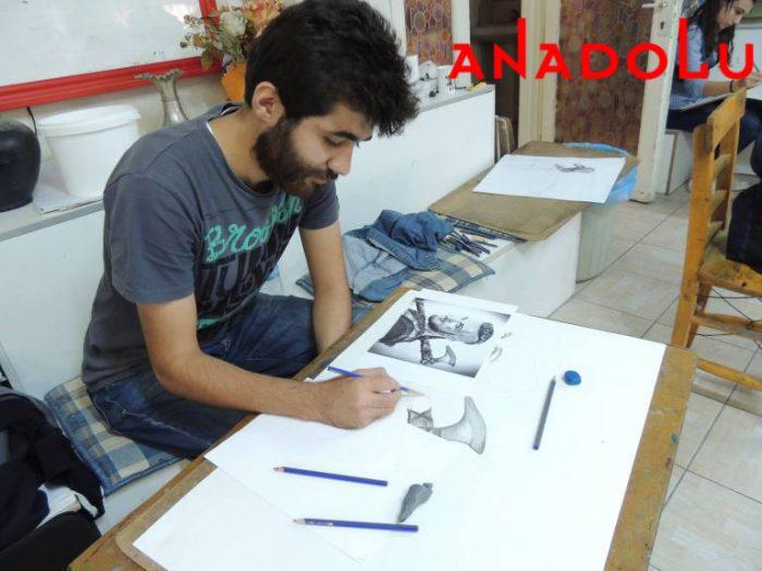Hobi Karakalem Potre Çizim Dersleri İstanbul