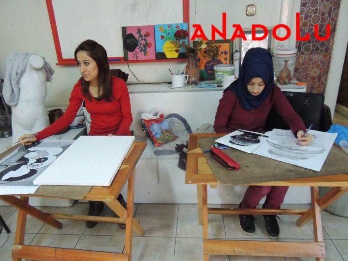 Hobi Dersi Karakalem Çalışması İstanbul