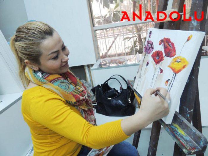 Yağlı boya Çiçekler Yapan Kadın İstanbul